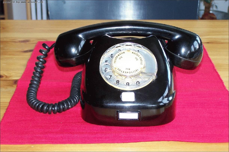 ddr telefon von tesla aus der cssr telefon forum f r historische telefone telefon forum f r. Black Bedroom Furniture Sets. Home Design Ideas